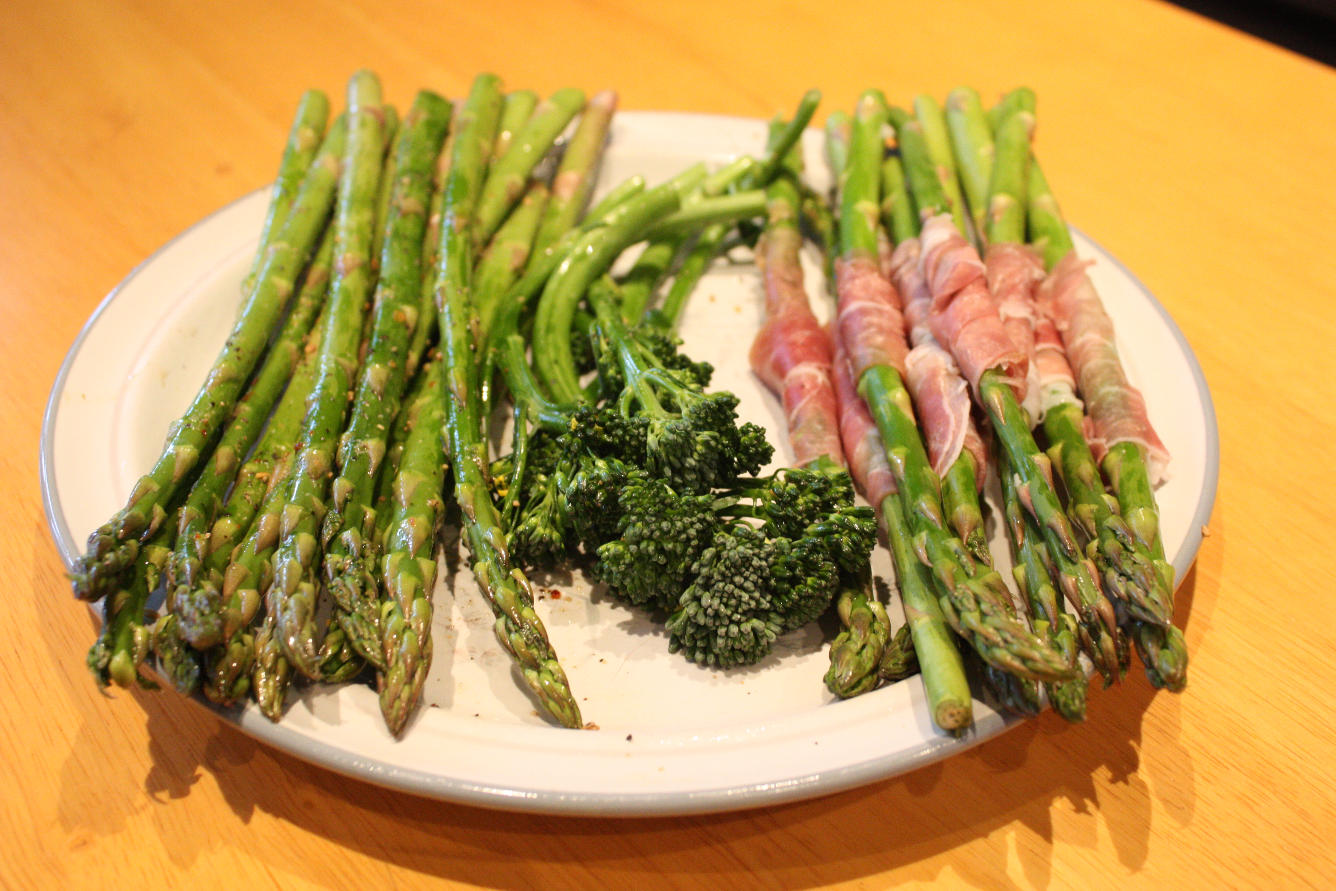 dish recipe grilled asparagus wrapped in prosciutto recipe grilled ...